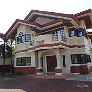 San-Carlos City House for sale